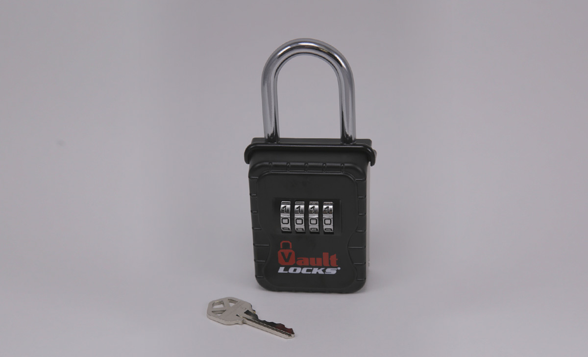 A reliable & safe way to have a key ready for first responders